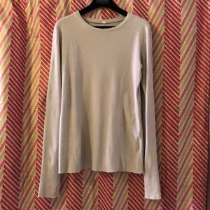Bright beige top for a sport elegant look?